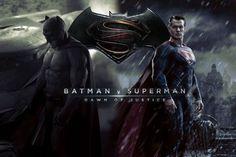 hier zeigen wir ihnen poster von dem film batman v superman und eine kombination von den beiden logos von batman und superman