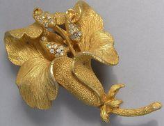 Vintage Clear Rhinestone Flower Brooch Pin Iris Matte Gold-Tone Textured  #Unbranded