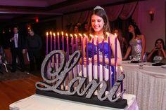 Dulce 16 candelabros Bat Mitzva quinceañera por NameWithFlame
