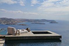 déco-terrasse-iles-grecques-lit-jardin
