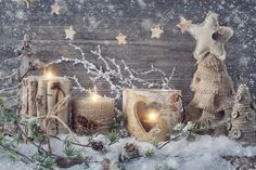 33168962-Winter-candles-on-a-wooden-background-Stock-Photo-christmas-winter-tree.jpg (1300×866)