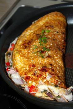 Er du lei av de samme kjedelige brødskivene til lunsj hver dag? Prøv isåfall denne! Dette er en sunn, rask og lettlaget lunsj som smaker godt og er en fin variasjon i hverdagen. Eggehviteomelet…