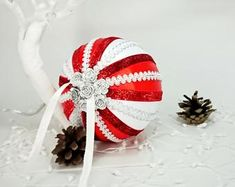 White red Christmas baubles, Satin ornaments, Hand-crafted balls, Handmade or. Christmas Baubles, Christmas In July, Black Christmas, Yellow Ornaments, Pumpkin Template, Xmas Tree Decorations, Handmade Ornaments, Etsy Crafts, Balls