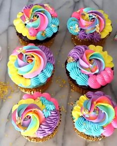 Troll Cupcakes, Fancy Cupcakes, Pretty Cupcakes, Yummy Cupcakes, Cupcakes For Girls, Diva Cupcakes, Candy Land Cupcakes, Rainbow Cupcakes Recipe, Neon Cupcakes