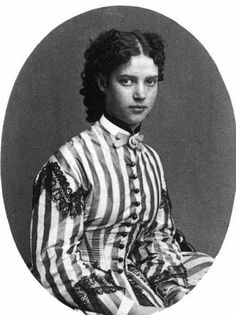 Princess Dagmar of Denmark, later Maria Feodorovna (1847-1928)  [... I totally love her hairstyle ...]
