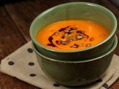 Supa+crema+de+dovleac+si+rosii Supe, Cake Recipes, Cooking Recipes, Pudding, Ethnic Recipes, Desserts, Food, Cakes, Drinks