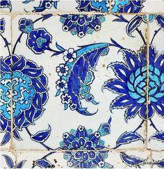 Turkish Izmir tiles in Istanbul