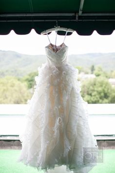 Oh Oscar, we love you. Dress by Oscar de La Renta