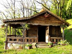 Tiny cabin with a wrap-around porch. I know the view much be wonderful, too. Old Cabins, Tiny Cabins, Tiny House Cabin, Log Cabin Homes, Small Cottages, Cabins And Cottages, Cabin In The Woods, Little Cabin, Cozy Cabin
