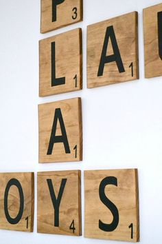 Lettre Scrabble bois grand carreau décor de mur on Etsy, 3,91 €