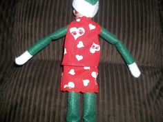 Christmas Elf doll top and skirt clothing red with white hearts by on Etsy Christmas Elf Doll, Hearts, Dolls, Skirt, Holiday Decor, Unique Jewelry, Handmade Gifts, Clothing, Red