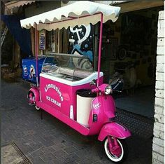 Motor food Custom Vespa, Custom Bikes, Vespa Scooters, Golf Carts, Motorbikes, Baby Strollers, Cars, Vehicles, Vintage