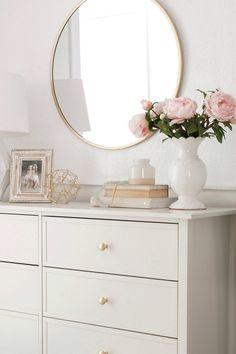 Gold Bedroom, Room Decor Bedroom, Ikea Girls Bedroom, Pink Bathroom Decor, My New Room, My Room, Dresser Top Decor, Bedroom Dressers, White Bedroom Dresser