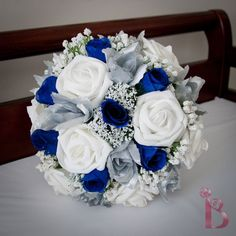 Grand royal style silk wedding bridal bouquet in royal blue and silver (other colors available) via Etsy! This is a gorgeous bouquet! Perfect Wedding, Dream Wedding, Wedding Day, Wedding Blue, Trendy Wedding, Decor Wedding, Wedding Ideas Blue, Wedding Centerpieces, Royal Blue Wedding Decorations