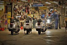 Kolt And Groove Garage Vespa Px, Vespa Lambretta, Vintage Vespa, Vintage Italy, Motor Scooters, Vespa Scooters, Scooter Images, Scooter Garage, Bikers