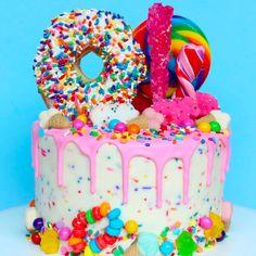 Happy #DonutFriday indeed       #NeedRightNow  #SugarOverload  #SweetTooth  Goodies by Dani  / Harajuku Lovers by Gwen Stefani Pop Electric fragrance! Fun, colorful, cute perfumes for women