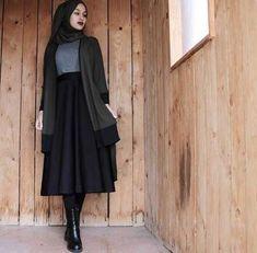 Style Hijab Casual Gendut 66 Ideas For 2019 Islamic Fashion, Muslim Fashion, Modest Fashion, Fashion Outfits, Fashion Muslimah, Abaya Fashion, Fashion Boots, Casual Hijab Outfit, Hijab Chic