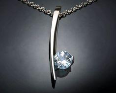 aquamarine necklace  blue  March birthstone por VerbenaPlaceJewelry