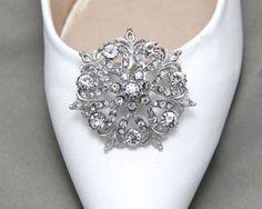 A Pair Of Round Shoes ClipCrystal Rhinestone Shoes by BlingGarden