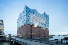 Herzog & de Meuron's Elbphilharmonie in Hamburg Photographed by Iwan Baan,Exterior. Image © Iwan Baan