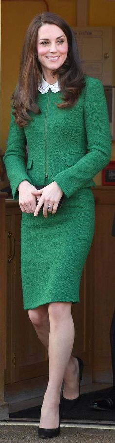 Kate Middleton portait la veste et la jupe Sinead de Hobbs et Gerard Darel 'Josep