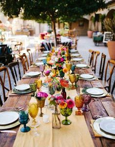 Colorful Mexican Fiesta Wedding – Inspired by This Trend 2019 – Wedding Tables – Wedding Flowers – Wedding Rings Garden Wedding Decorations, Wedding Themes, Table Decorations, Wedding Ideas, Centerpiece Wedding, Diy Wedding, Trendy Wedding, Wedding Parties, Table Wedding
