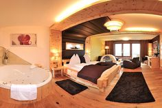 😍😍 So schön wohnt es sich im **** Hotel Winzer Wellness und Kuscheln in Oberösterreich! Zimmerpreise schon ab €126.- inkl. 3/4 Verwöhnpension‼👀   #leadingsparesorts #leadingspa #wellness #spa #beauty #rooms #inspiration #suite #cosy #romantic #wood #design #modern Hotel Winzer, Das Hotel, Wellness Spa, Hotels, Wattpad, Room, Inspiration, Furniture, Beautiful