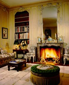 One of the prettiest rooms in one of the most beautiful homes: library in the former Palm Beach residence of Mrs. Charles Wrightsman
