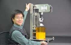 Top-down 3D Printing Gets a Huge Boost with the Octave Light R1 3D Printer