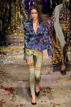 Vivienne Westwood Fall 2015 Ready-to-Wear Fashion Show: Complete Collection - Style.com