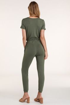 Simplicity is key with the Lulus Sevannah Washed Olive Green Short Sleeve Jumpsuit! Surplice neckline atop an elasticized waist with front drawstring. Jumpsuit Dressy, Jumpsuit With Sleeves, Beach Jumpsuits, Olive Green Shorts, White Midi Dress, Strappy Sandals, Ankle Length, Knitted Fabric, Short Sleeves