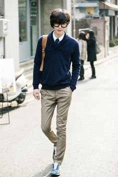 preppy puff hipster (korean) asian fashion with geeky specs