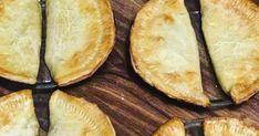 Fijian Recipes, Samoan Recipes, Hawaiian Recipes, Pineapple Pie, Crushed Pineapple, Fijian Food, Samoan Food, Moon Pies, Island Food
