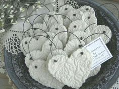 Wedding Favors / Baptism Napkin Rings Set of 10 Imprinted Heart Salt Dough Ornaments Simple and elegant, and so versatile! This listing is a Set of are not personalized but are imprinted Salt Dough Heart ornaments, with wire hanger. Salt Dough Crafts, Salt Dough Ornaments, Clay Ornaments, Salt Dough Projects, Clay Christmas Decorations, Diy Christmas Ornaments, Holiday Crafts, Deco Table Noel, Personalized Ornaments