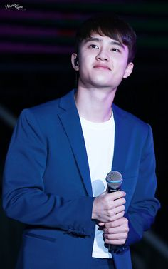 D.O - 160326 2016 K-Friends Concert In ShanghaiCredit: Missing You.