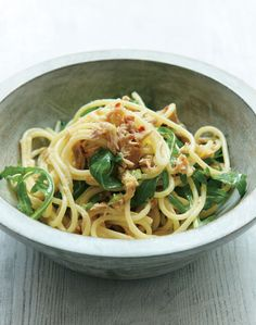 Nigella Lawson's tuna, lemon and arugula spaghetti