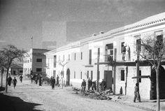 BELCHITE (Zaragoza), 19 DE DICIEMBRE DE 1940.- EDIFICIOS YA CASI TERMINADOS PARA VIVIENDAS INDIVIDUALES DE LABRADORES QUE ESTÁ CONSTRUYENDO REGIONES DEVASTADAS.- EFE/MIGUEL CORTÉSlafototeca.com Image : efespsix944015