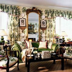 Lovely living room via Hydrangea Hill Cottage