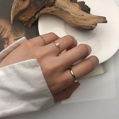 Stylish Jewelry, Cute Jewelry, Silver Jewelry, Jewelry Accessories, Silver Rings, 925 Silver, Piercings Ideas, Fashion Rings, Fashion Jewelry