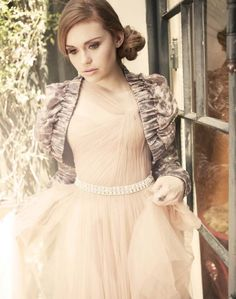 I love this image - it's one of my favorite photoshoots of Holland Roden