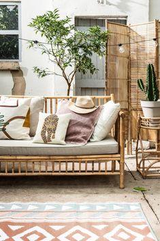 Interior Design, Boho Style Interior, Home, Boho Patio, Cafe Interior Design, Teal Interiors, Tropical Houses, Outdoor Living, Home Decor