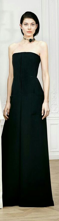 Christian Dior * Pre-fall 2014 love the simplicity of this dress