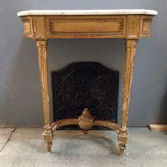 console louis XVI en bois doré à l or fin dessus marbre carrare XIX siècle