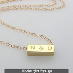 Gravierte Goldhalskette. Personalisiertes Geschenk von EngravedJewelry auf DaWanda.com