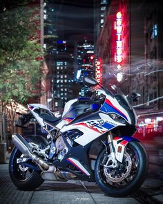 "SITDWN PHOTOGRAPHY on Instagram: ""2019 BMW S1000RR 🔥🔥🔥"" Bmw S1000rr, Motorcycle Bike, Motorcycle Types, Bike Bmw, Moto Bike, Bmw Cafe Racer, Bmw R25, Ducati, Bmw Quotes"