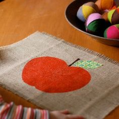 Best Rosh Hashanah Crafts for Kids, Celebrate Rosh Hashana with these Craft projects for Rosh Hashanah holiday. Learn about Rosh Hashana crafts for kids. Autumn Crafts, Thanksgiving Crafts, Thanksgiving Placemats, Thanksgiving Decorations, Diy Christmas Gifts, Holiday Crafts, Christmas Things, Christmas Wishes, Christmas Treats