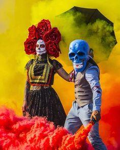 Skeleton of color Smoke Tricks, Vape Tricks, Smoke Bomb Photography, Dark Photography, Smoke Wallpaper, Skeleton Art, Colored Smoke, Vinyl Music, Clothing Photography
