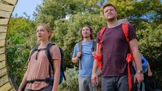 Watch Free Midsommar : Movies Several Friends Travel To Sweden To Study As Anthropologists A Summer Festival That Is Held Every Ninety Years. Netflix Movies, Top Movies, Scary Movies, Great Movies, Movies Online, Imdb Movies, Halloween Movies, Watch Movies, Disney Movies