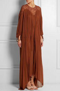Chloé|Robe longue du soir en georgette de soie à empiècement en crochet|NET-A-PORTER.COM