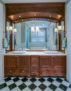 Traditional master ensuite by Johnson & Associates Interior Design